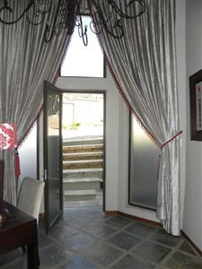 Cashan And Ext property for sale. Ref No: 3198116. Picture no 8