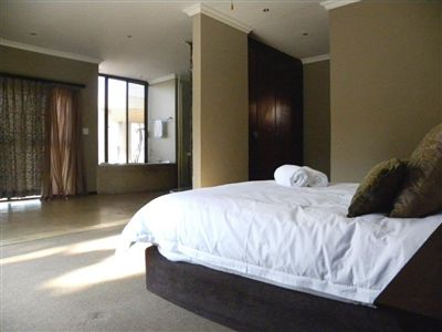 Cashan And Ext property for sale. Ref No: 3198116. Picture no 18
