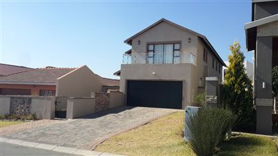 House for sale in Carlswald North Estate