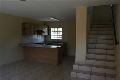 Oos Einde property for sale. Ref No: 3210136. Picture no 2