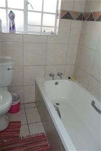 Middedorp property for sale. Ref No: 3212844. Picture no 8