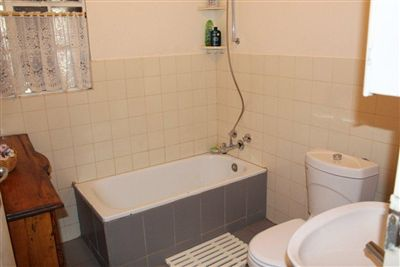 Protea Park And Ext property for sale. Ref No: 3214685. Picture no 27