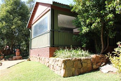 Protea Park And Ext property for sale. Ref No: 3214685. Picture no 37