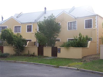 Townhouse for sale in Paradyskloof