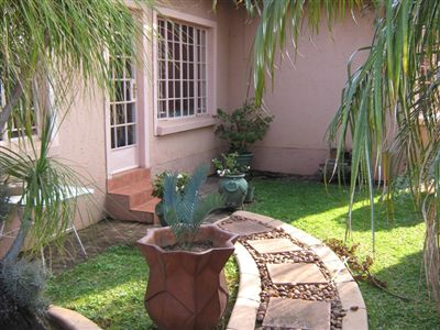 Pretoria, Florauna Property  | Houses For Sale Florauna, Florauna, Townhouse 2 bedrooms property for sale Price:850,000