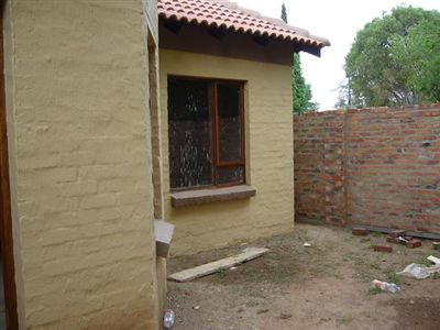 Mooivallei Park property for sale. Ref No: 13239113. Picture no 8