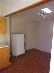 Grahamstown Cbd property for sale. Ref No: 13233665. Picture no 6