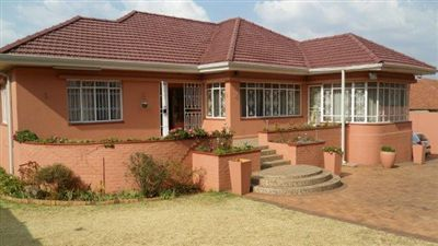 Property and Houses for sale in Cyrildene, House, 3 Bedrooms - ZAR 2,690,000