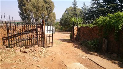 Commercial for sale in Garsfontein Ah