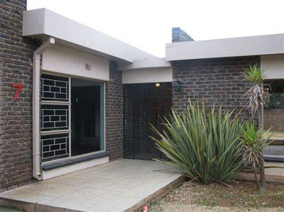 Parys property for sale. Ref No: 3229728. Picture no 1