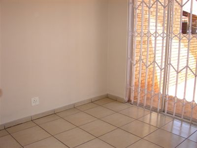 Safari Gardens And Ext property for sale. Ref No: 3248181. Picture no 4