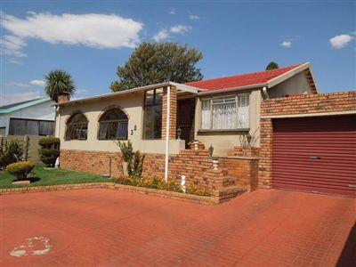 Property Sophiatown : Houses For Sale Sophiatown, Sophiatown, House 3 bedrooms property for sale Price:1,200,000