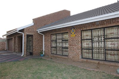 Witbank, Tasbet Park Property  | Houses For Sale Tasbet Park, Tasbet Park, House 5 bedrooms property for sale Price:1,540,000