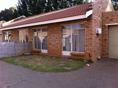 Bloemfontein, Willows Property  | Houses For Sale Willows, Willows, House 18 bedrooms property for sale Price:4,400,000