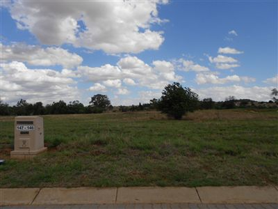 Parys property for sale. Ref No: 3239935. Picture no 2
