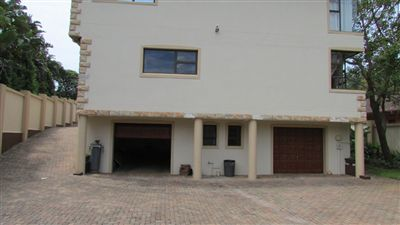 Marina Beach property for sale. Ref No: 13255754. Picture no 4