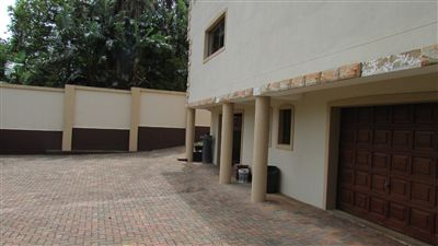 Marina Beach property for sale. Ref No: 13255754. Picture no 5