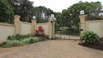 Marina Beach property for sale. Ref No: 13255754. Picture no 38