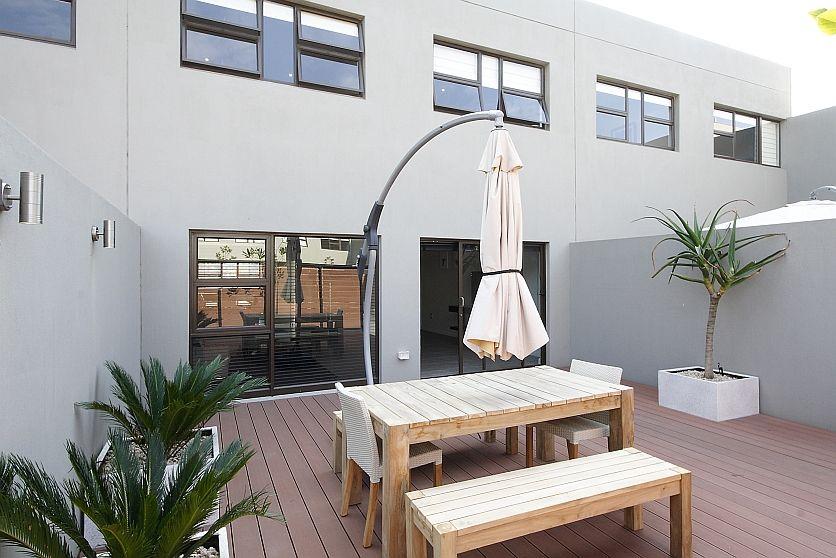 Un/Furn Sandown Secure Apartment