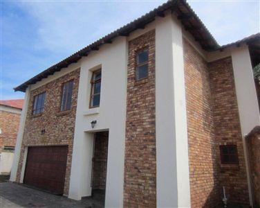 Rustenburg, Azalea Park Property  | Houses For Sale Azalea Park, Azalea Park, Townhouse 5 bedrooms property for sale Price:1,200,000