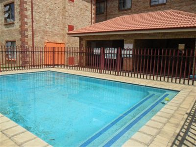Potchefstroom Central property for sale. Ref No: 13257322. Picture no 4