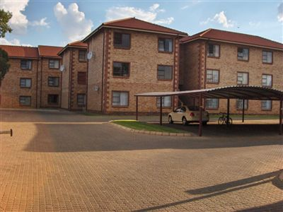 Potchefstroom Central property for sale. Ref No: 13257322. Picture no 3