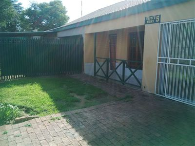 Parys property for sale. Ref No: 3247762. Picture no 1