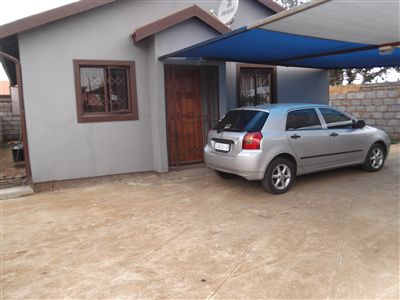 Property and Houses for sale in Buhle Park, House, 3 Bedrooms - ZAR 480,000