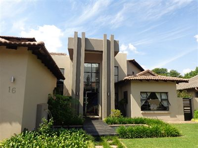 Centurion, Zwartkop Golf Estate Property    Houses For Sale Zwartkop Golf Estate, Zwartkop Golf Estate, House 4 bedrooms property for sale Price:5,250,000