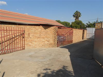 Rustenburg, Oos Einde Property    Houses For Sale Oos Einde, Oos Einde, House 17 bedrooms property for sale Price:3,200,000