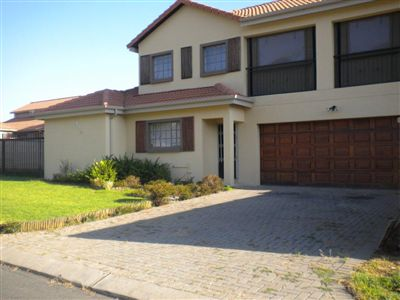 Rustenburg, Waterkloof East Property  | Houses For Sale Waterkloof East, Waterkloof East, Townhouse 3 bedrooms property for sale Price:1,550,000