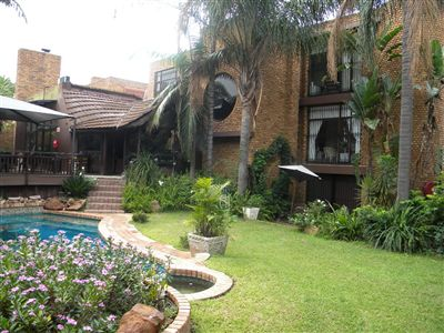 Property and Houses for sale in Meyerspark, House, 14 Bedrooms - ZAR 8,500,000
