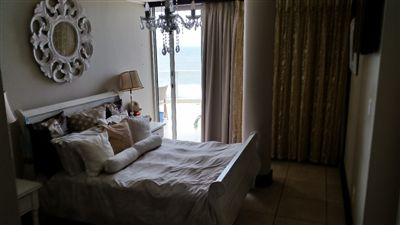 Margate property for sale. Ref No: 13281394. Picture no 16