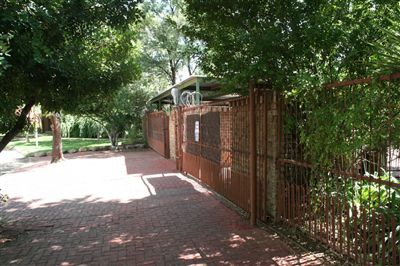 Bloemfontein, Universitas Property  | Houses For Sale Universitas, Universitas, House 10 bedrooms property for sale Price:3,740,000