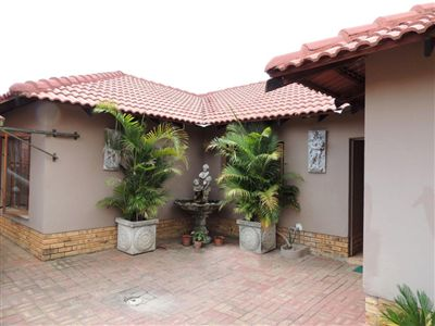 Waterval East property for sale. Ref No: 3267969. Picture no 1