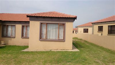 Property and Houses for sale in Jackaroo Park, House, 5 Bedrooms - ZAR 920,000