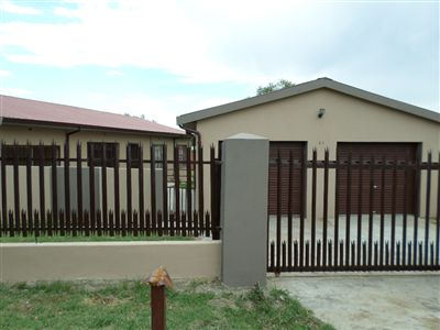 Parys property for sale. Ref No: 3270990. Picture no 2