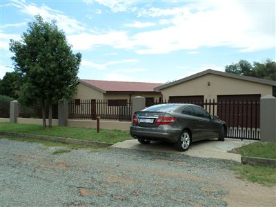 Parys property for sale. Ref No: 3270990. Picture no 1