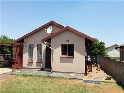 Property and Houses for sale in Buhle Park, House, 2 Bedrooms - ZAR 450,000