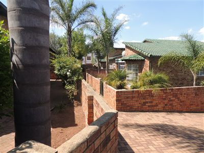 Property Bergbron : Houses For Sale Bergbron, Bergbron, Townhouse 3 bedrooms property for sale Price:970,000