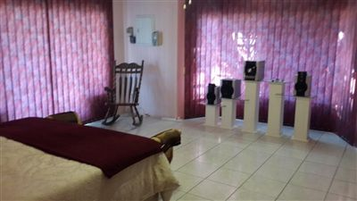 Cashan And Ext property for sale. Ref No: 3271907. Picture no 6