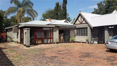 Centurion, Clubview Property  | Houses For Sale Clubview, Clubview, Commercial  property for sale Price:4,800,000