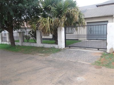 Germiston, Elspark Property  | Houses For Sale Elspark, Elspark, House 2 bedrooms property for sale Price:440,000