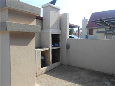 Witbank, Tasbet Park Property  | Houses For Sale Tasbet Park, Tasbet Park, Townhouse 2 bedrooms property for sale Price:650,000
