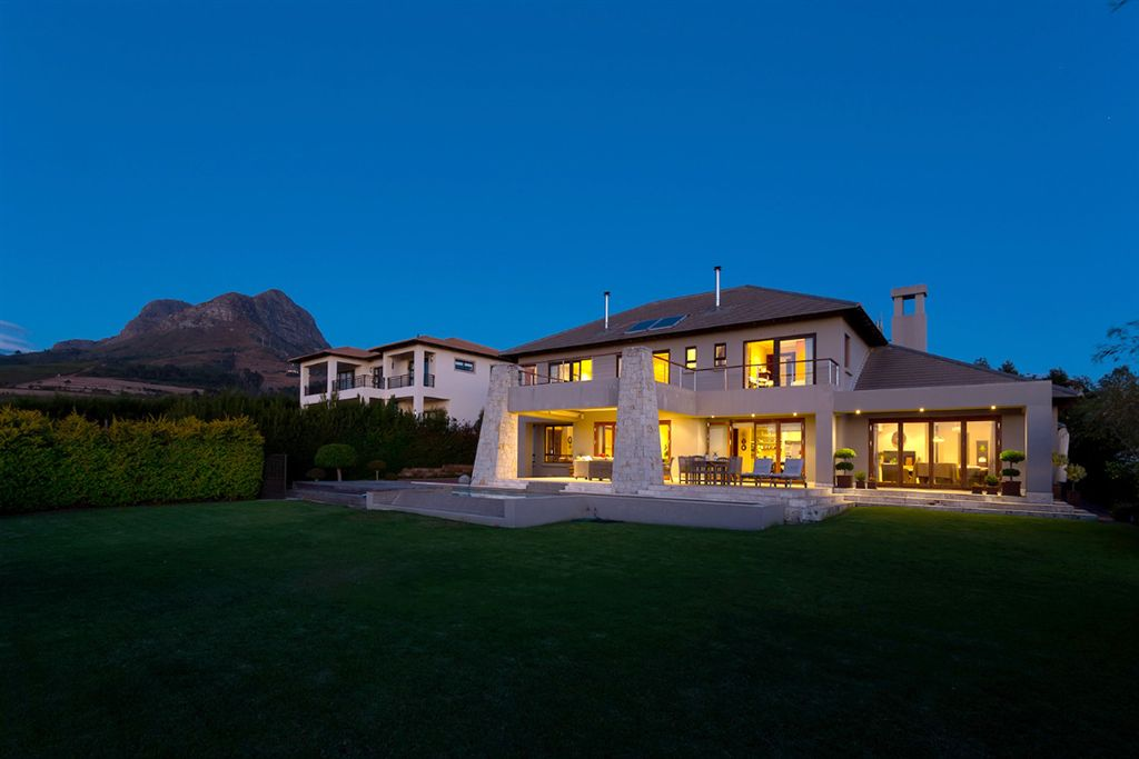 Uncompromised Lifestyle for the Discerning Buyer