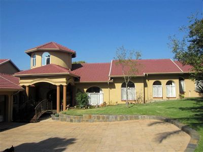 Property and Houses for sale in Safari Gardens, House, 5 Bedrooms - ZAR 3,400,000