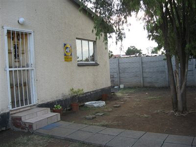 Rustenburg, Karlienpark Property  | Houses For Sale Karlienpark, Karlienpark, House 3 bedrooms property for sale Price:350,000