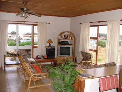 St Helena Bay property to rent. Ref No: 13234723. Picture no 6
