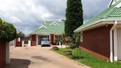 Potchefstroom, Mooivallei Park Property  | Houses For Sale Mooivallei Park, Mooivallei Park, Townhouse 3 bedrooms property for sale Price:1,230,000