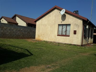 Property and Houses for sale in Buhle Park, House, 2 Bedrooms - ZAR 430,000